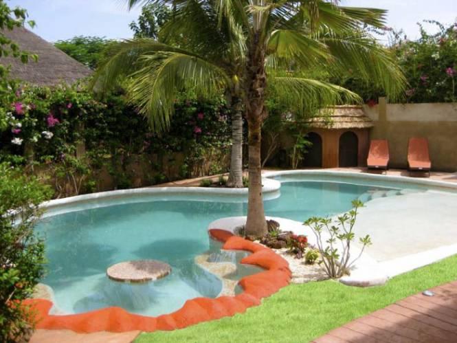 Photo 6 du Vue de la piscine de la villa à louer